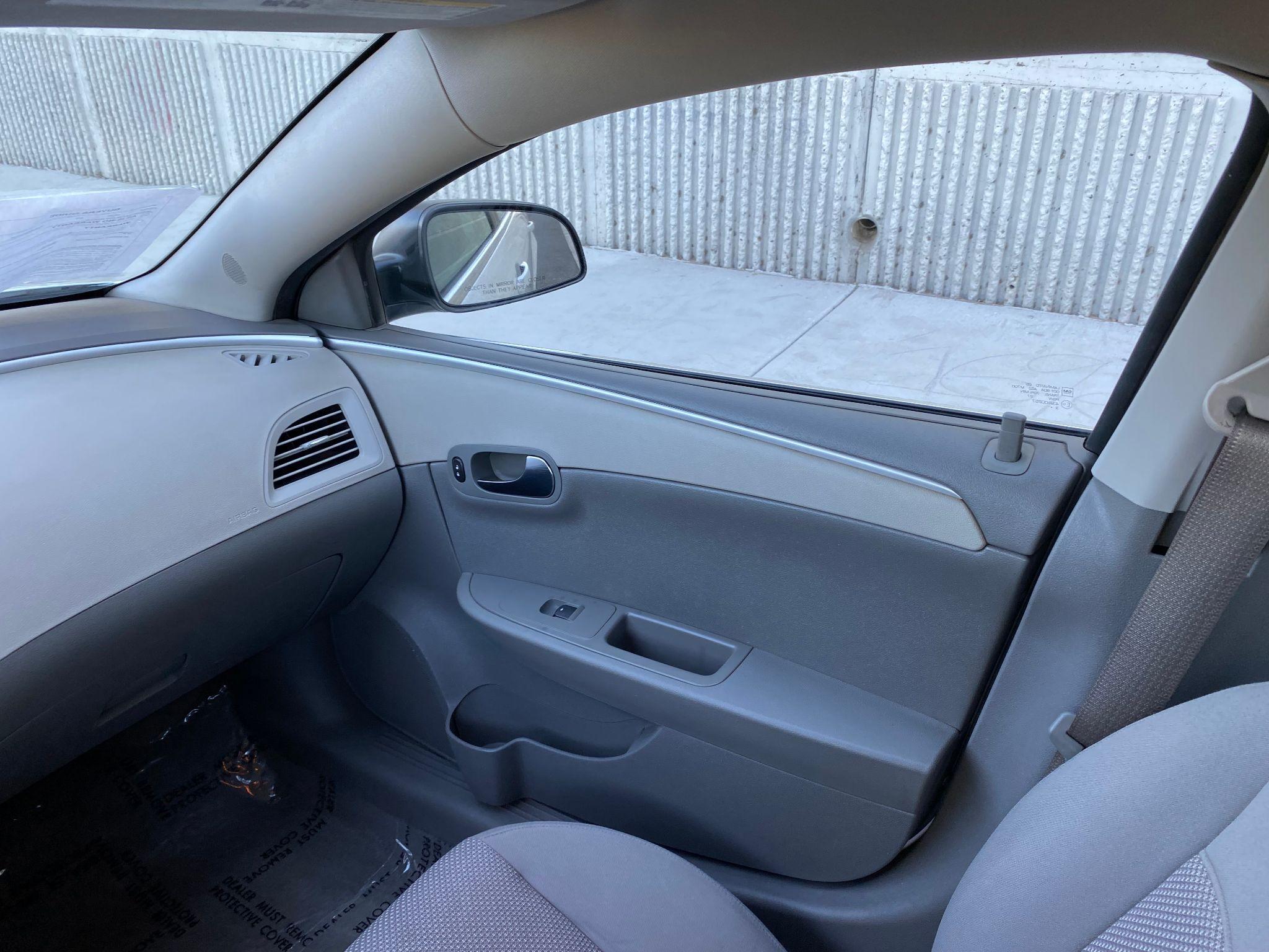 2010 Chevrolet Malibu LS w/1FL