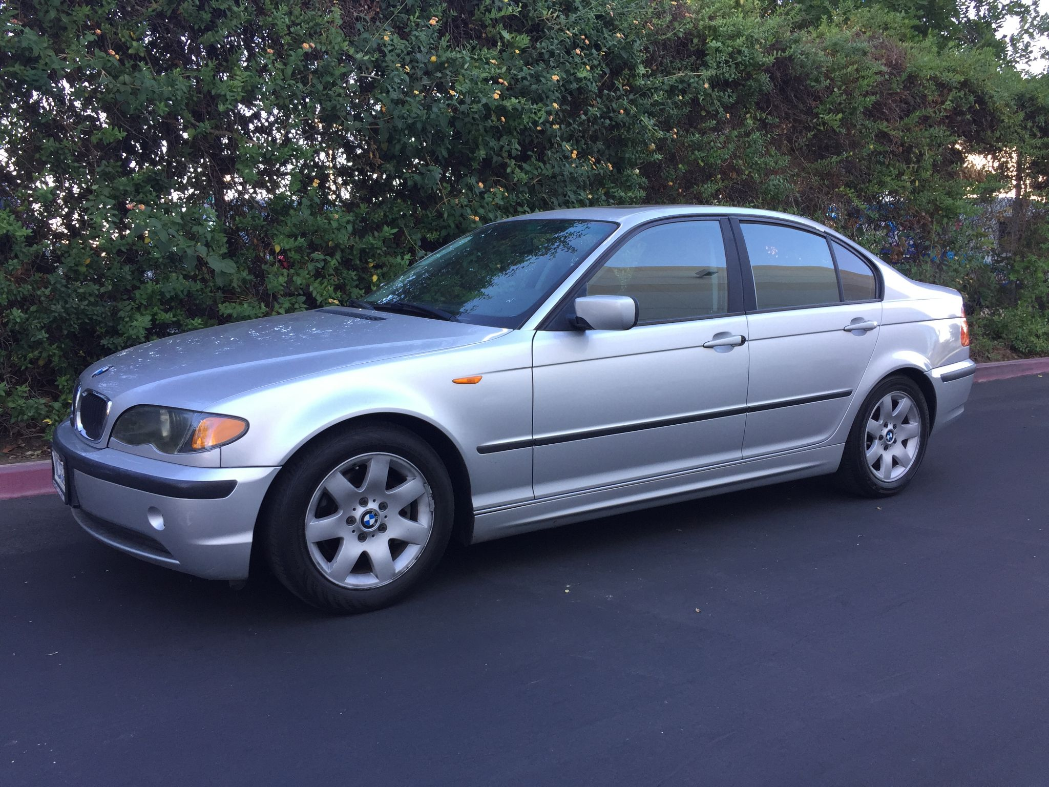 Used 2003 BMW 325i at City Cars Warehouse INC