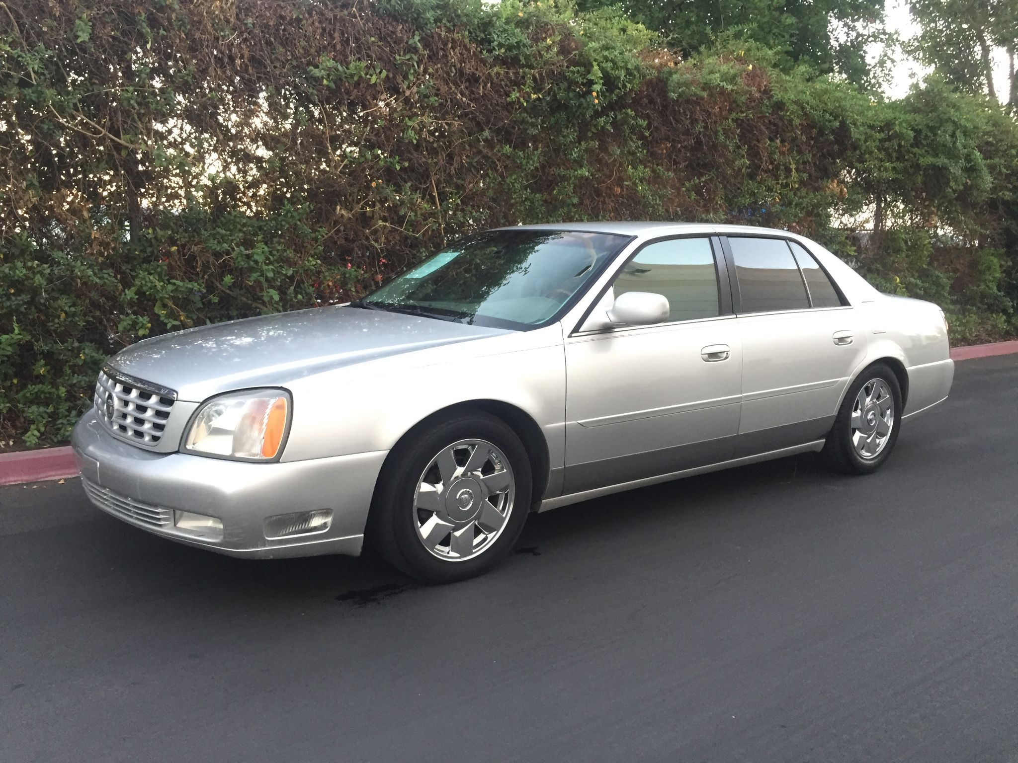 Used 2001 Cadillac DeVille DTS at City Cars Warehouse INC