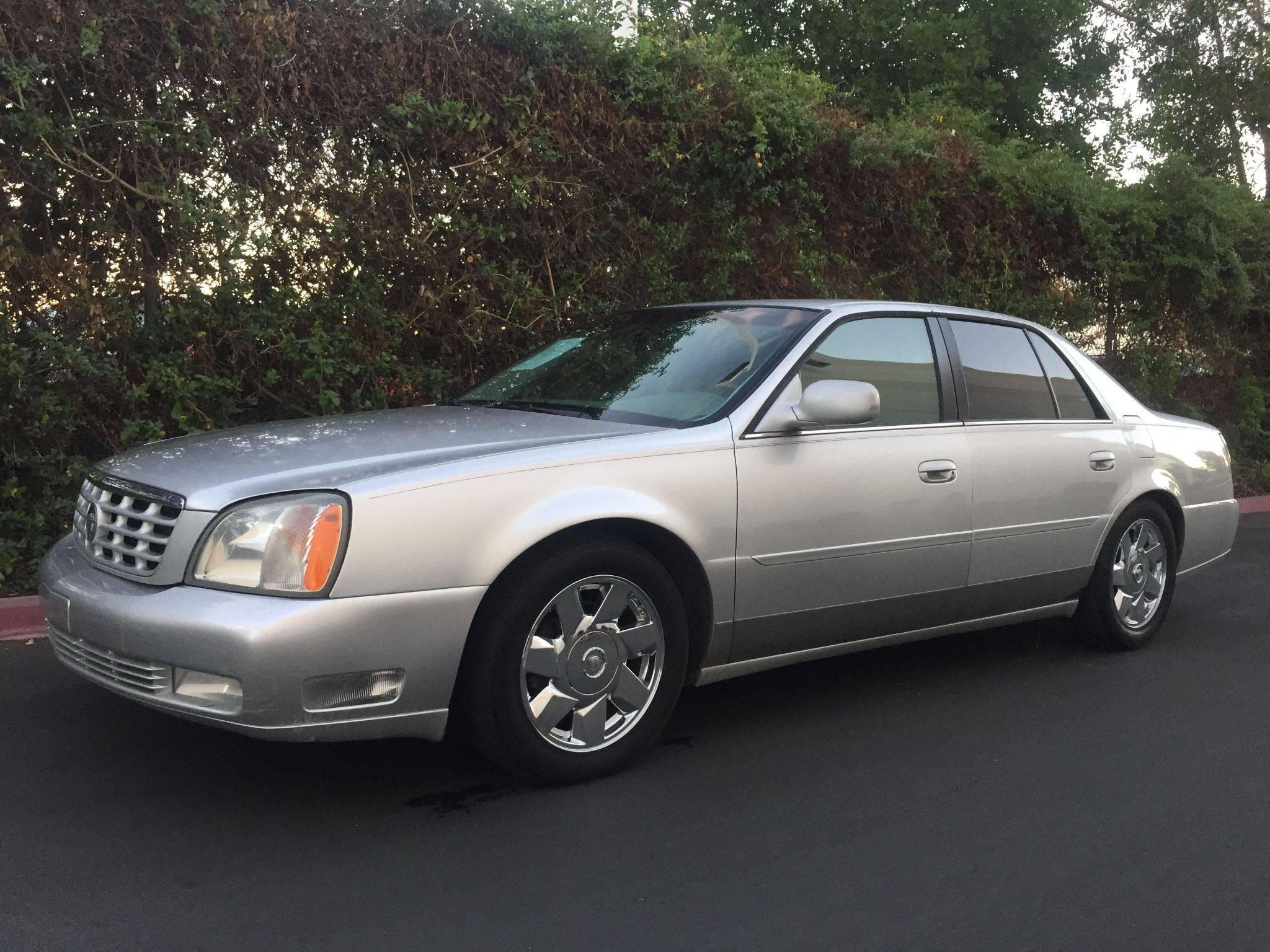 Used 2001 Cadillac DeVille DTS at City Cars Warehouse INC