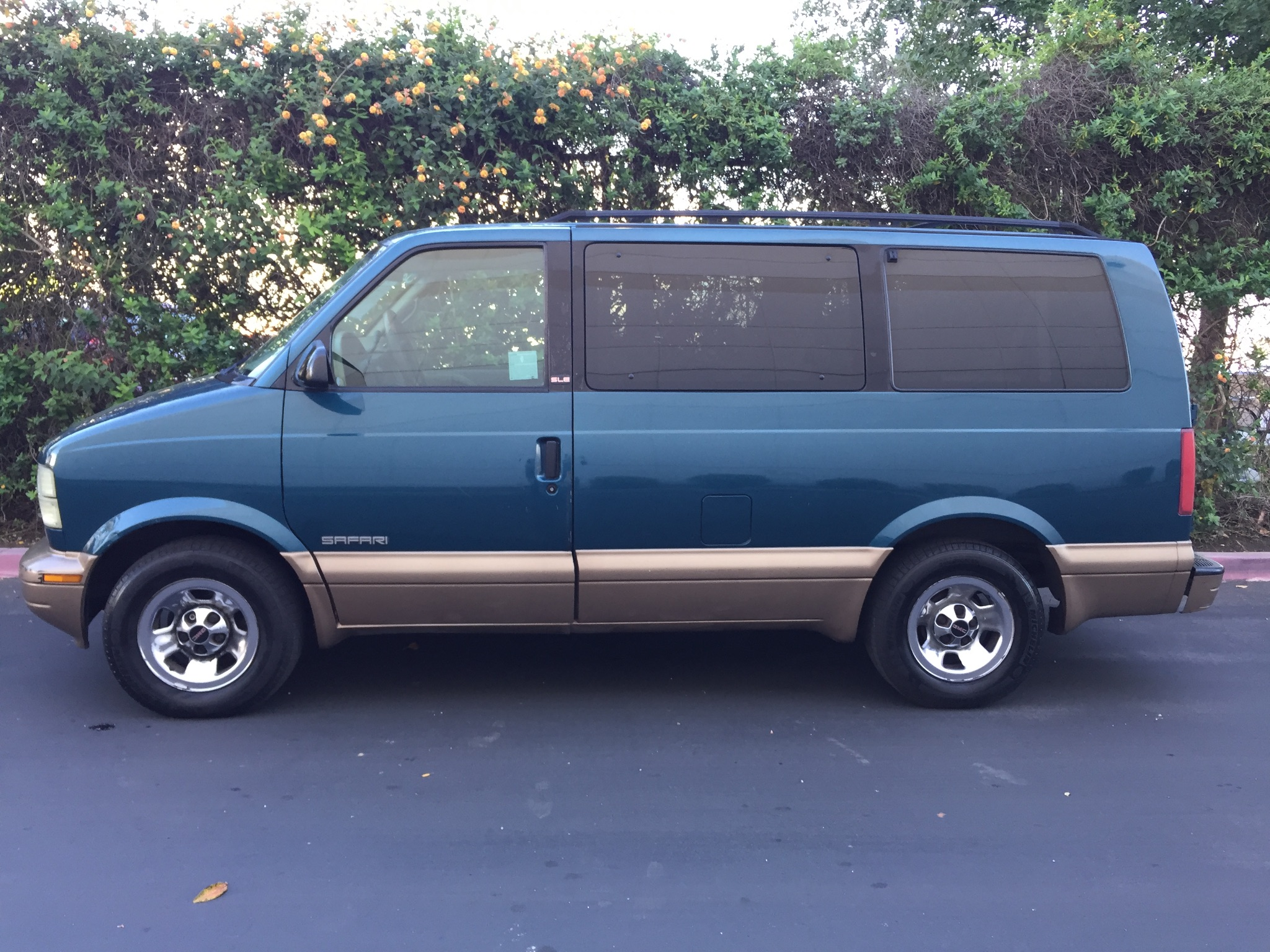 2001 gmc safari passenger 8 seats special price 2 975