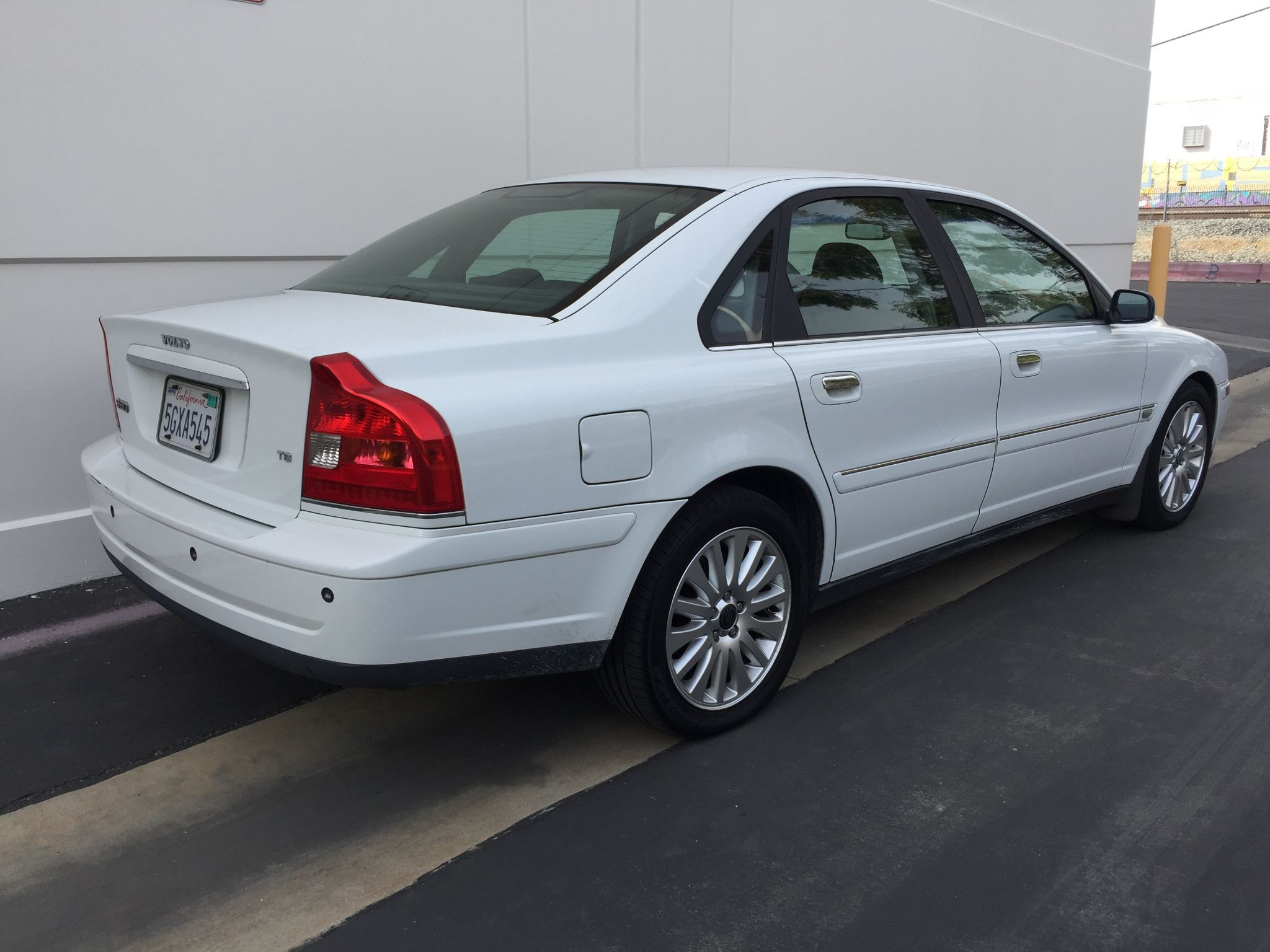 used 2004 volvo s80 t6 at city cars warehouse inc. Black Bedroom Furniture Sets. Home Design Ideas