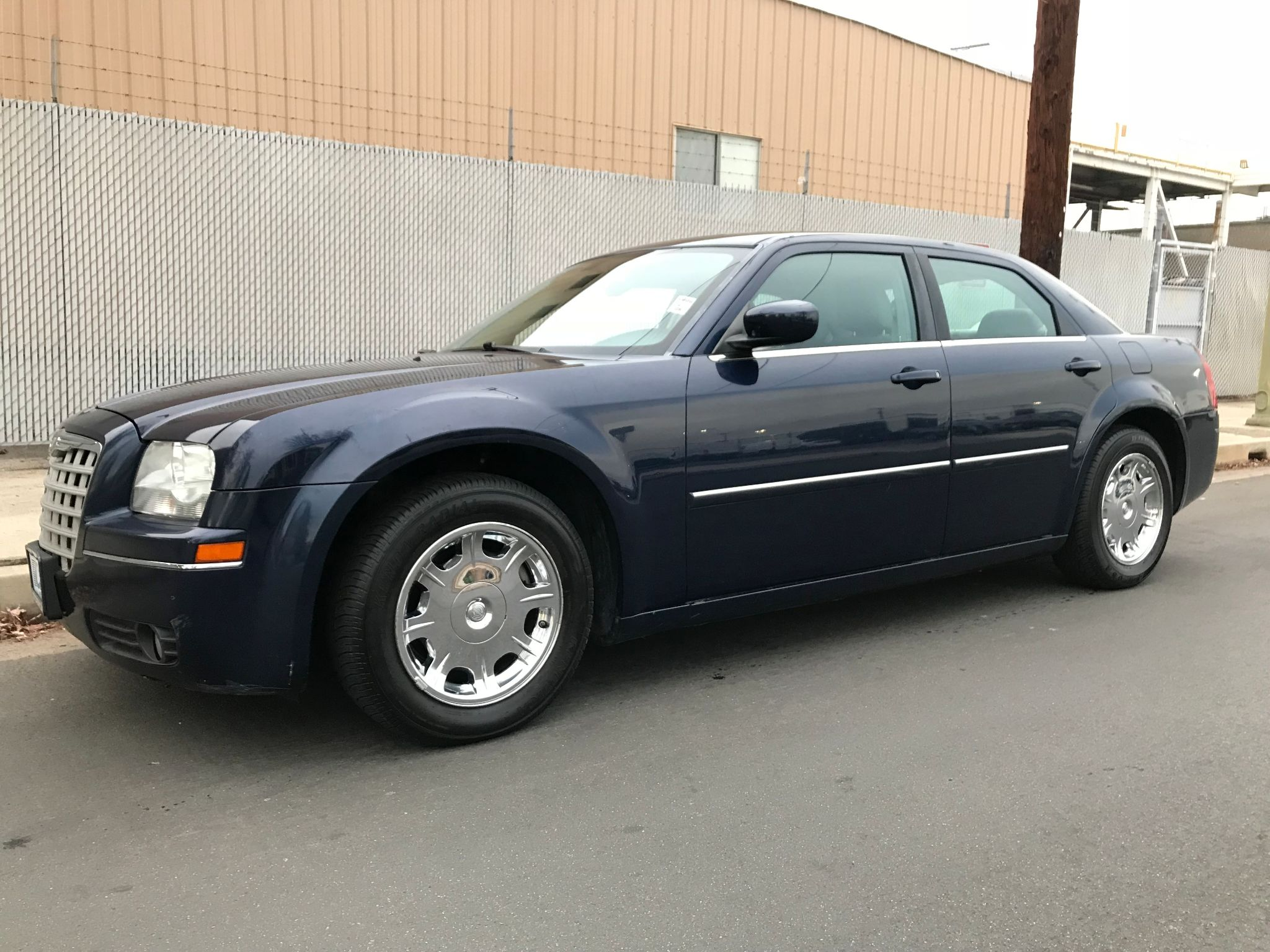 l new troiano inventory touring chrysler sedan colchester awd in