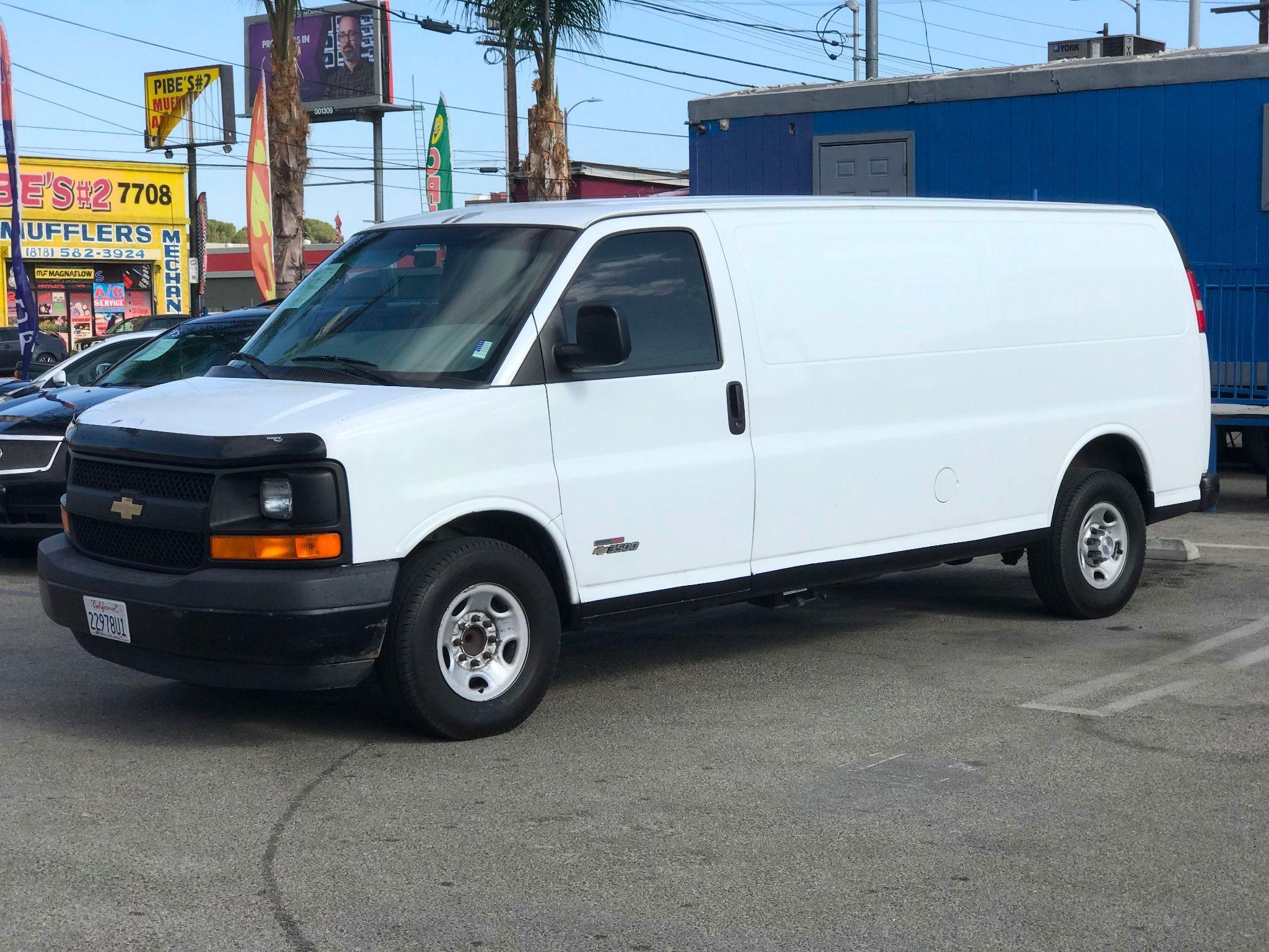 2006 Chevrolet Express Cargo Van Duramax