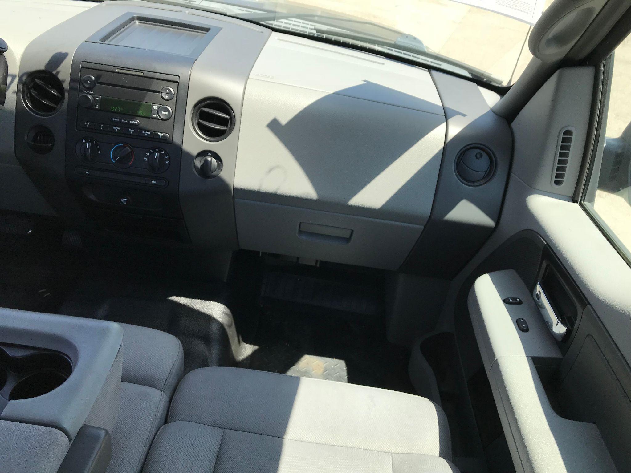 2006 Ford F-150 STX