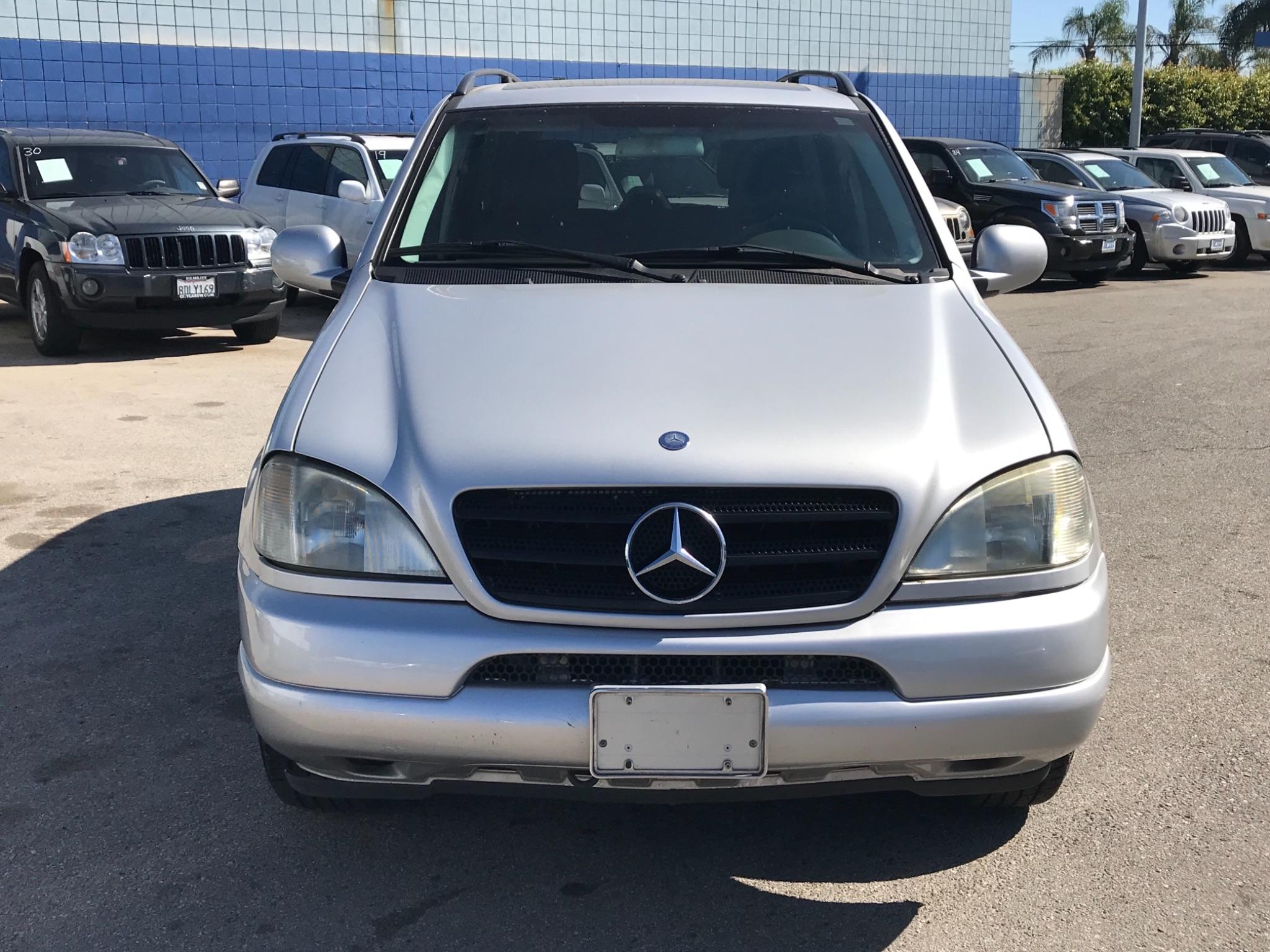 2000 Mercedes-Benz M-Class ML320