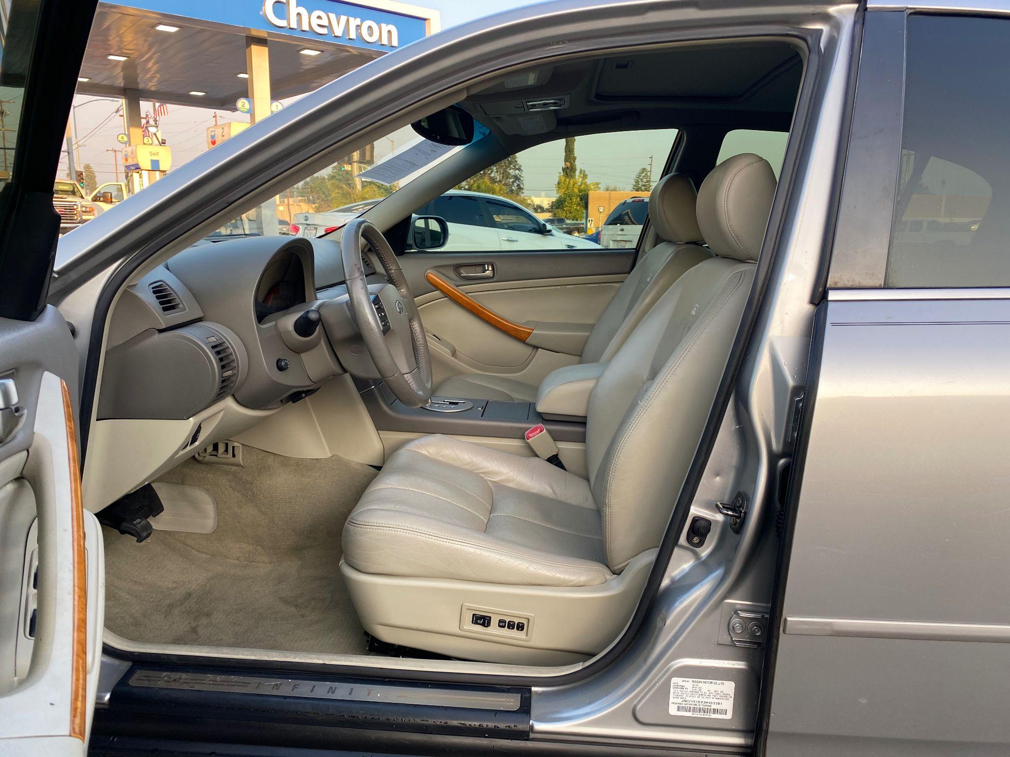2003 INFINITI G35 w/Leather