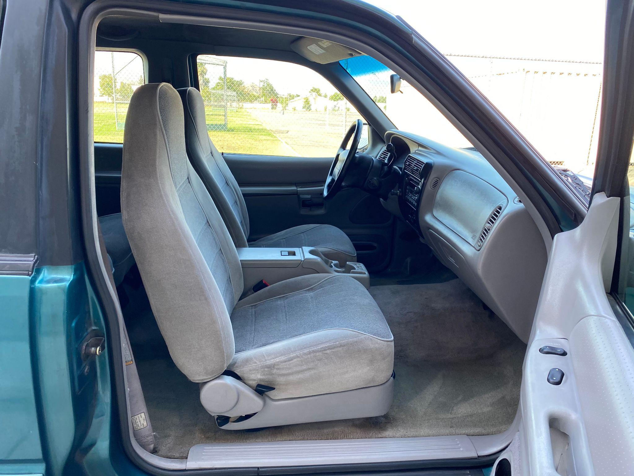 1998 Ford Explorer Sport