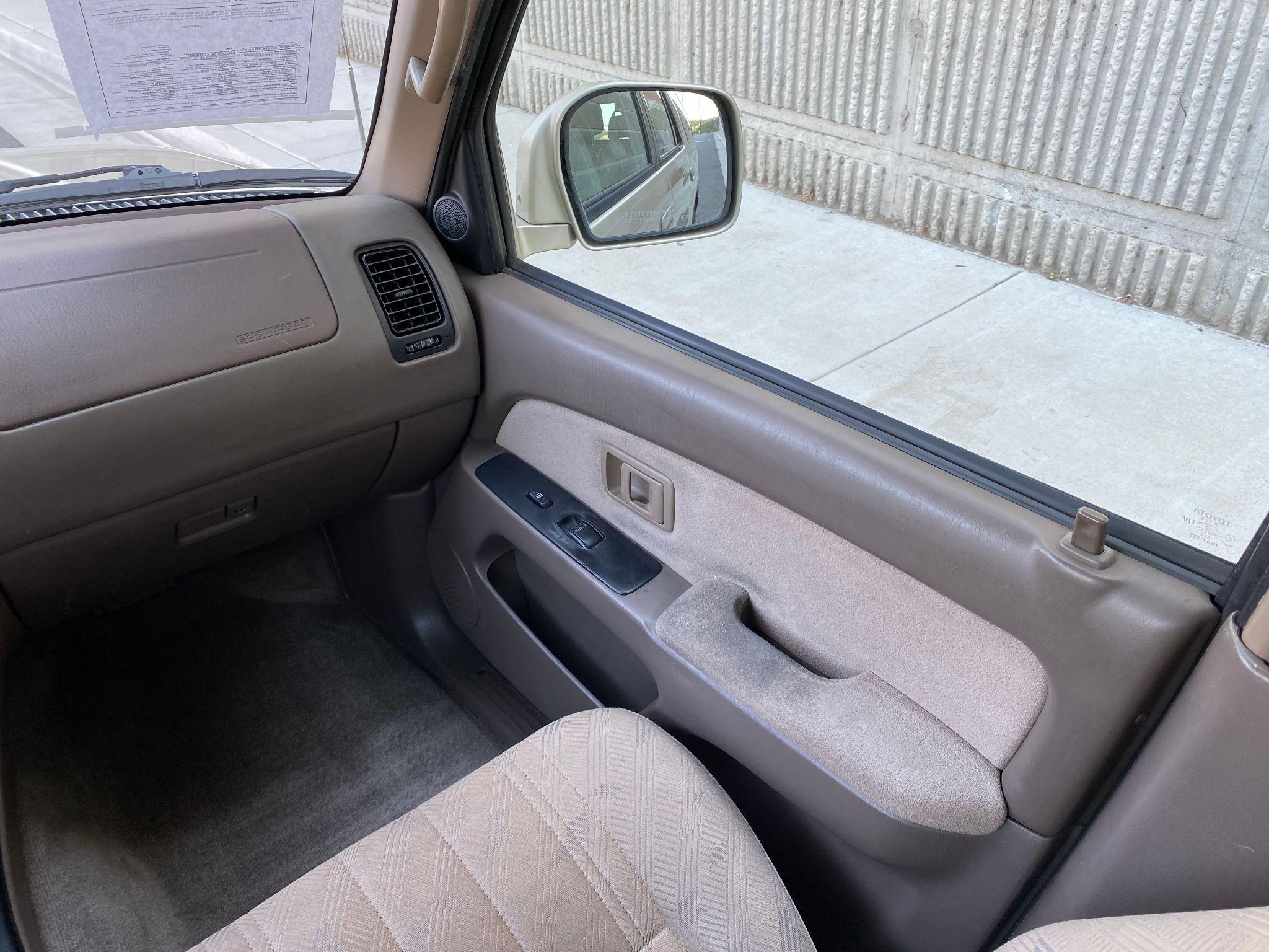 2002 Toyota 4Runner SR5