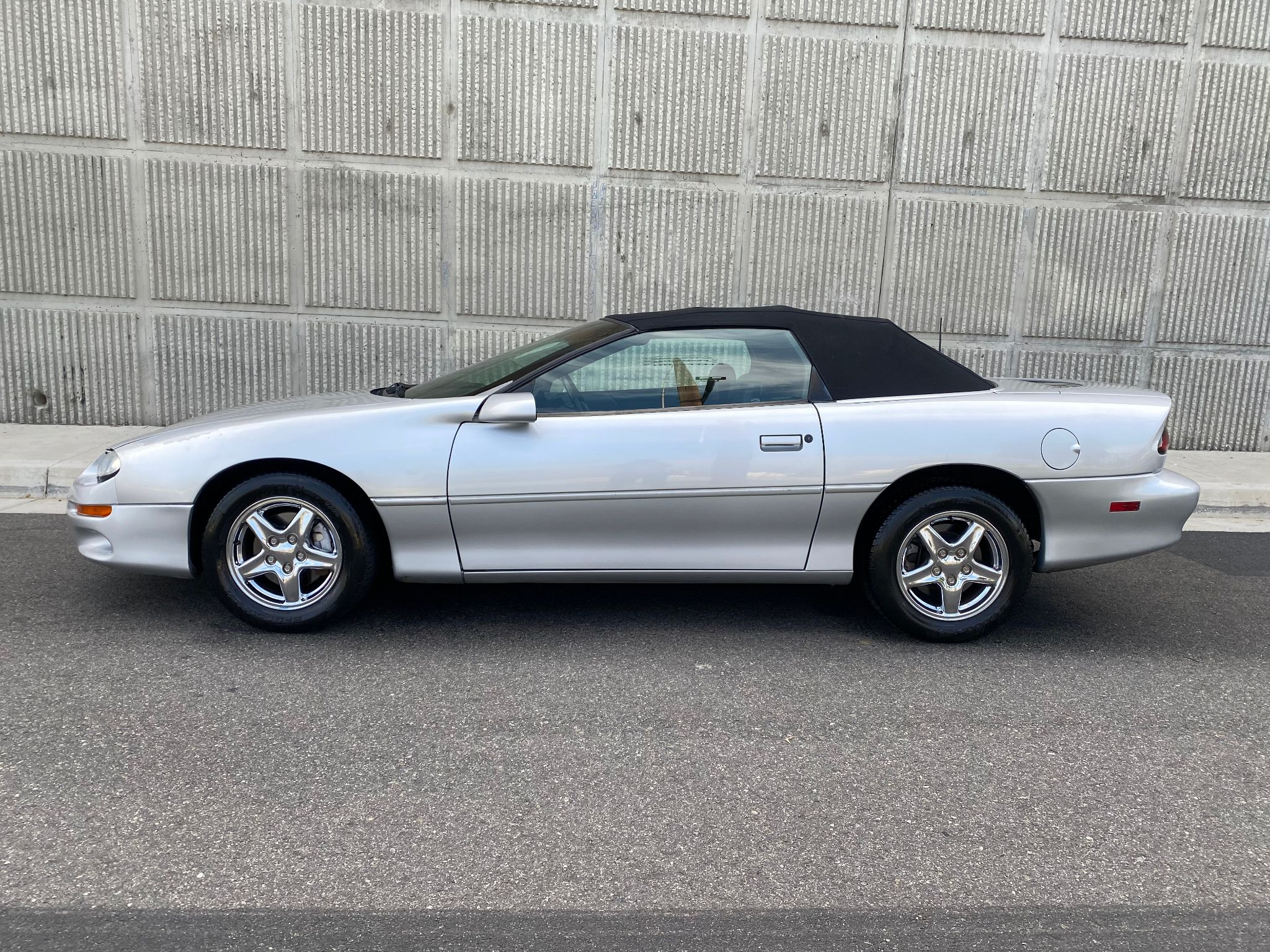 2002 Chevrolet Camaro RS