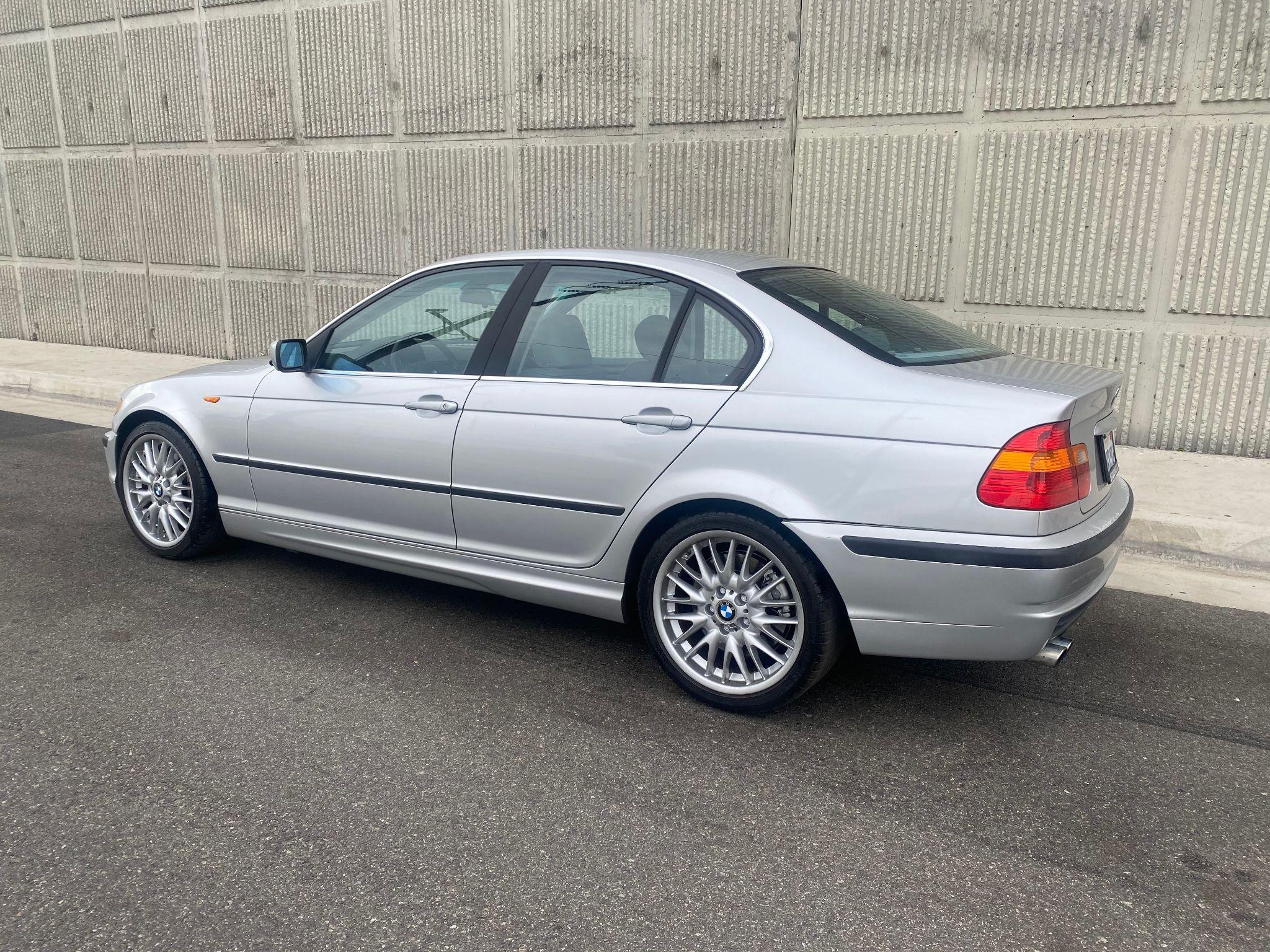 2003 BMW 3 Series 330i