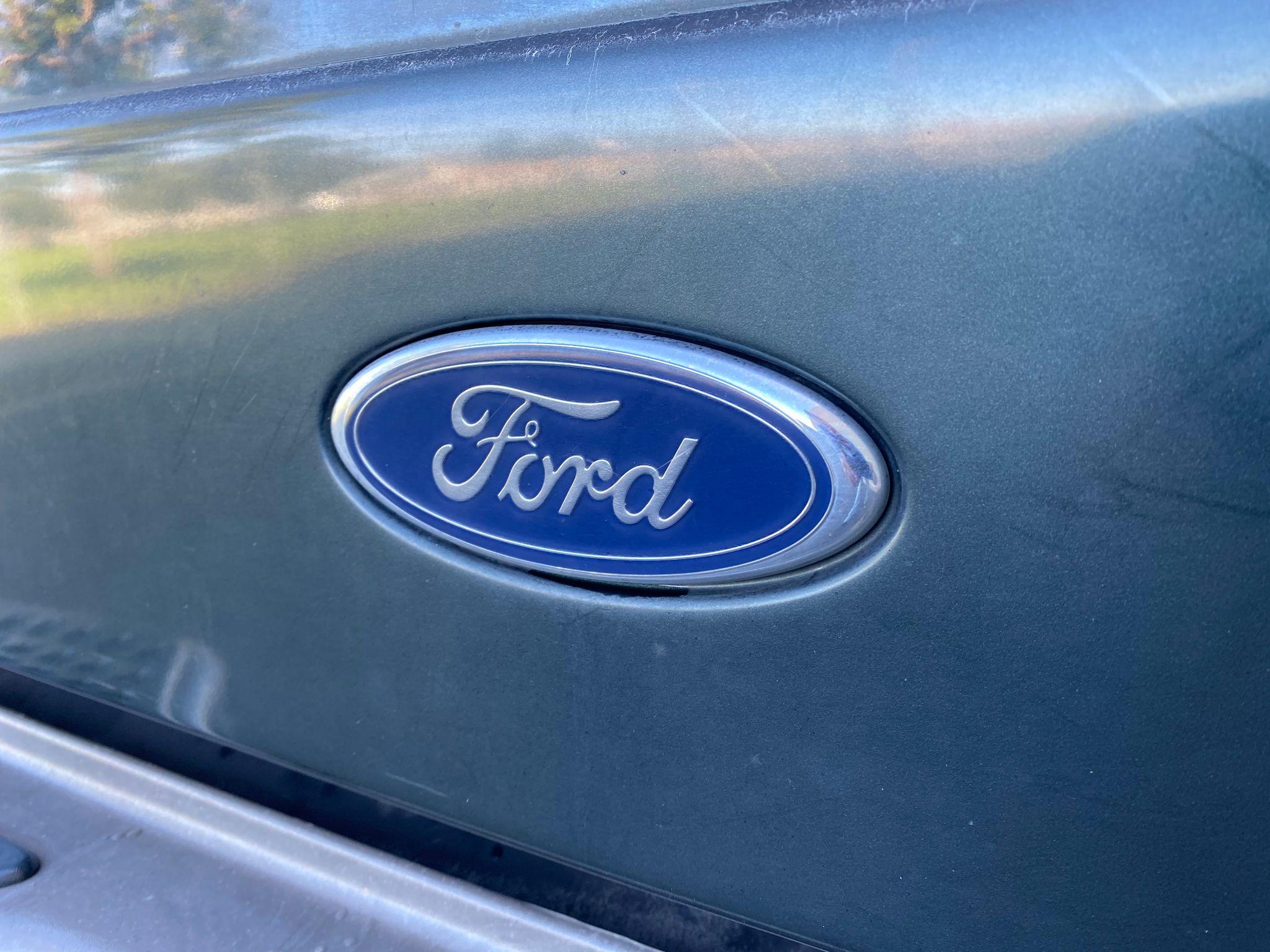 2003 Ford Explorer Sport Trac XLT