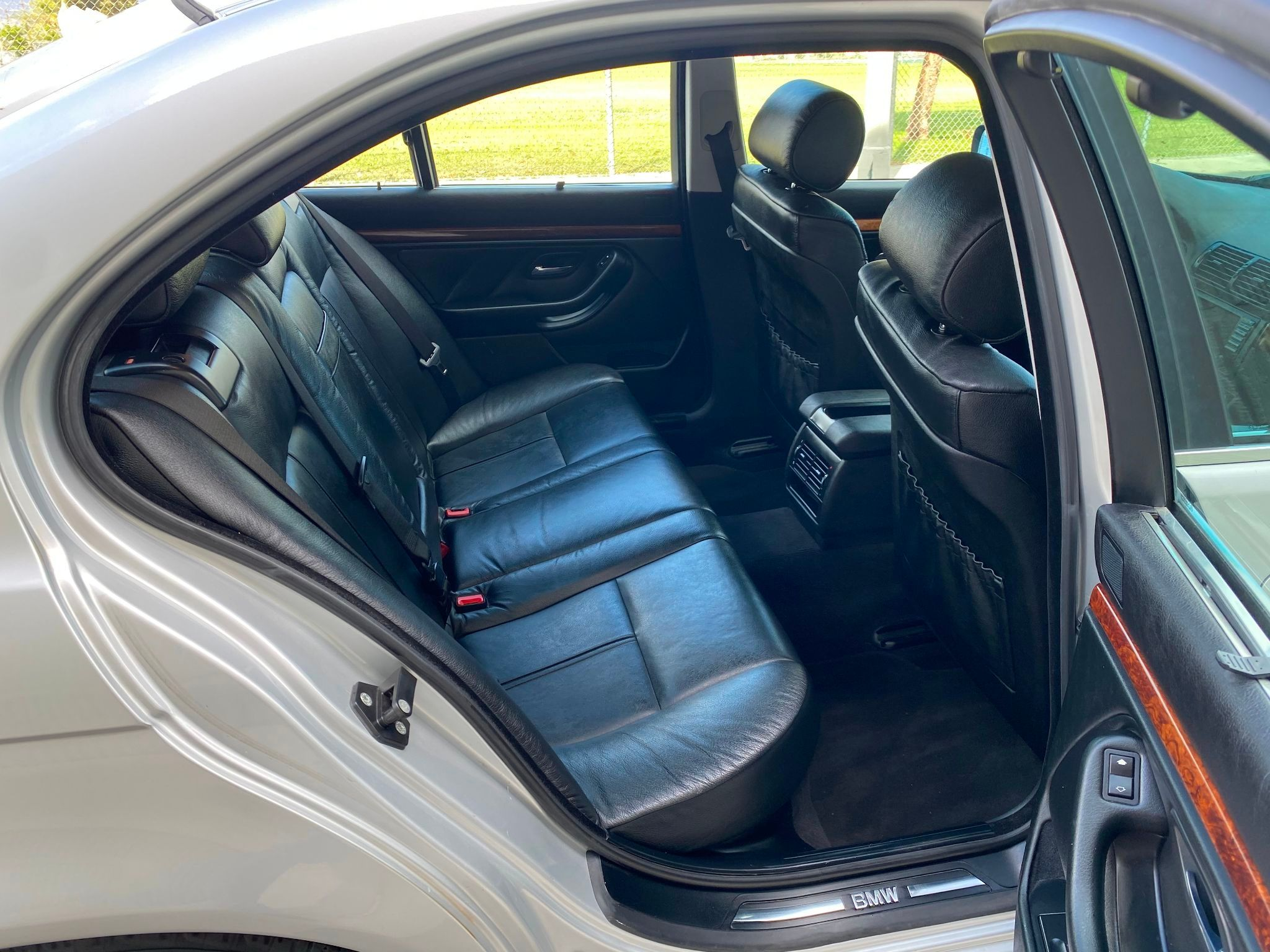 2003 BMW 530i 530iA