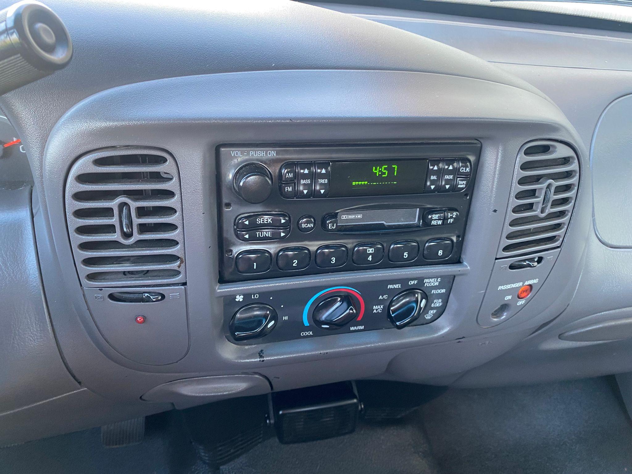 2001 Ford F-150 XL