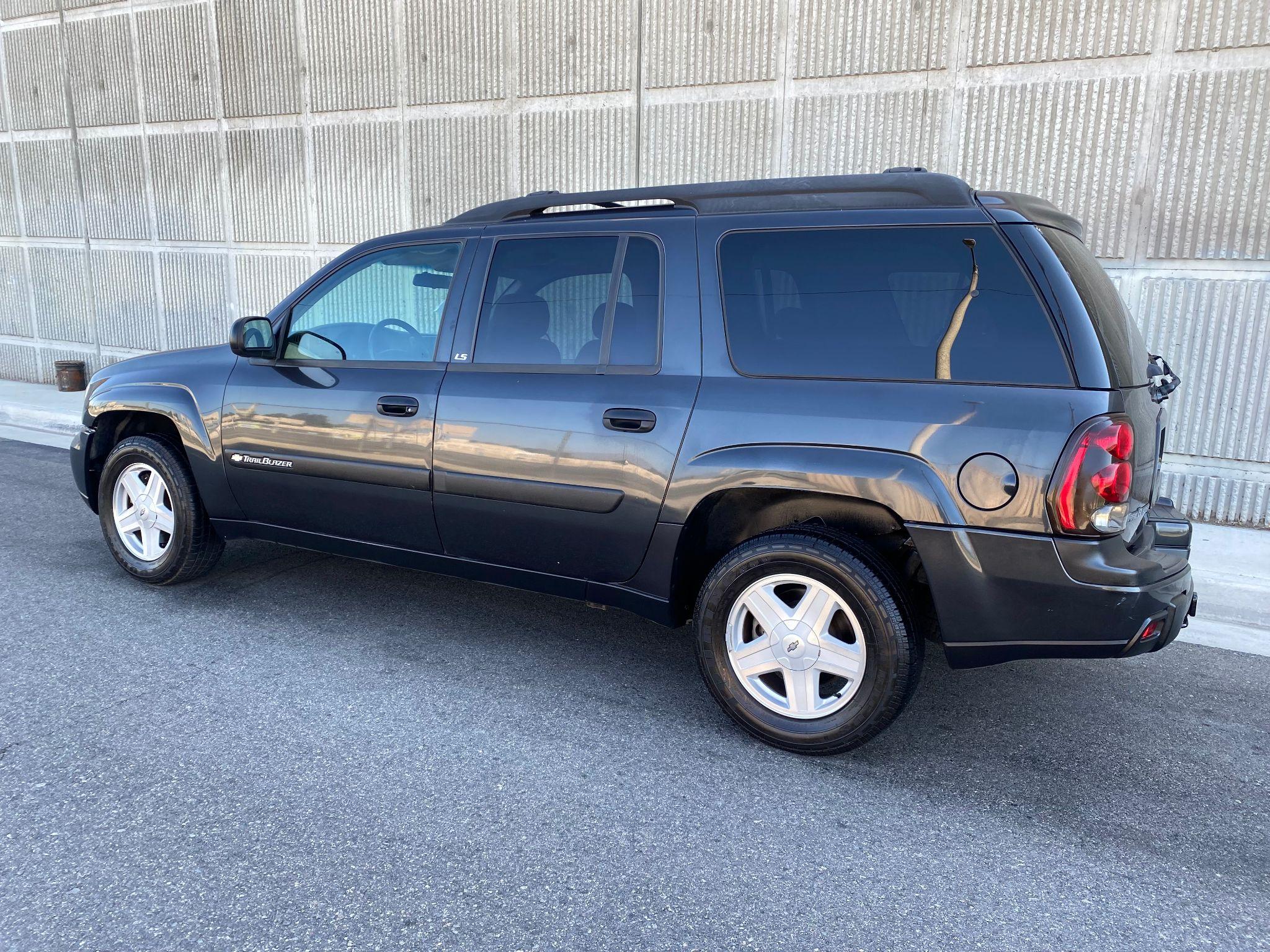 2003 Chevrolet TrailBlazer EXT LS