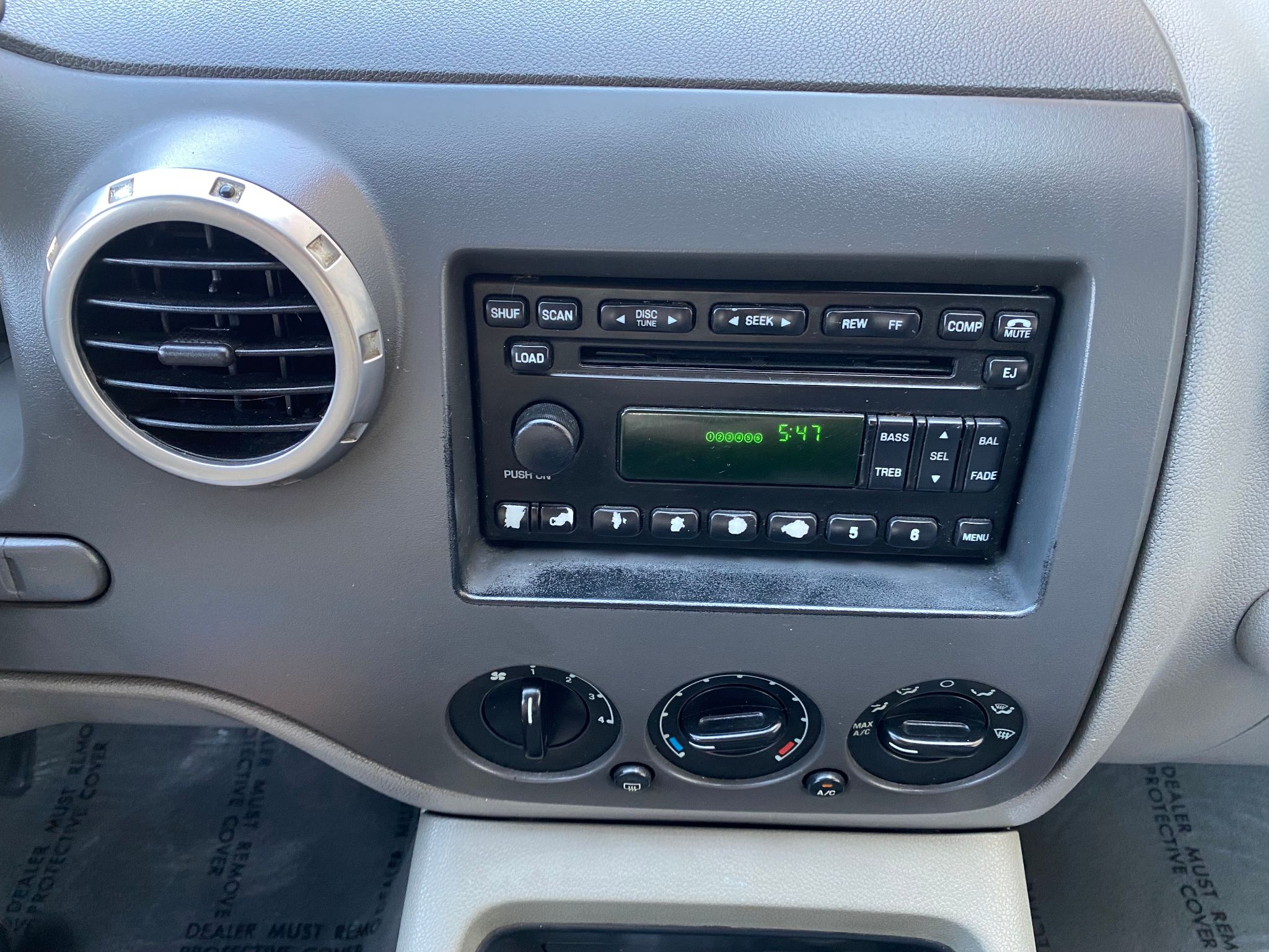 2004 Ford Expedition XLT